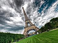 唯美的埃菲尔铁塔HDR风格图片