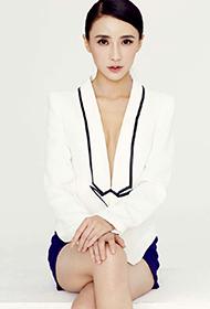 李羲儿时尚性感写真图片