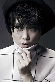 短发女歌手李宇春帅气图