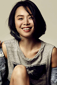 中国短发女星程怡时尚写真图片