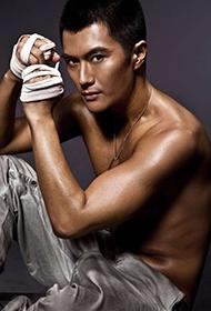 中国男演员沈泰变身型男写真