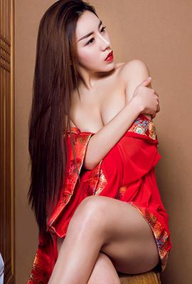 古典美女安苏芮性感人体艺术写真