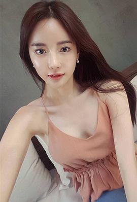 韩国长腿美女气质私房美照分享
