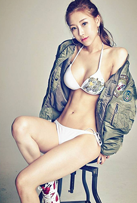 韩国美女模特金亚凛性感美照