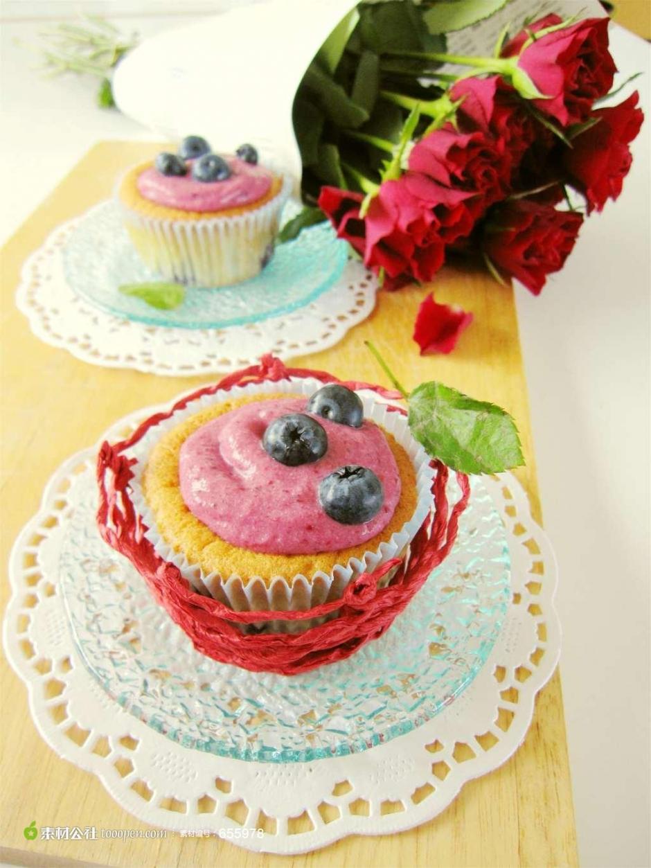 小正方形蛋糕图片 甜品小蛋糕图片