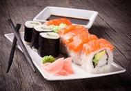 三文鱼芒果寿司图片 美味的三文鱼寿司高清素材图片