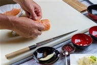 寿司高清图片 制作寿司的人物高清摄影图片