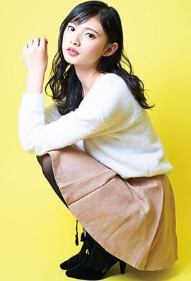 日本美女青岛心甜美写真大眼迷人