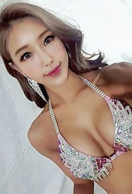 韩国比基尼美女金亚凛性感私房照