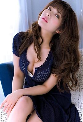 日本美女MEGMY私房性感写真美乳诱人