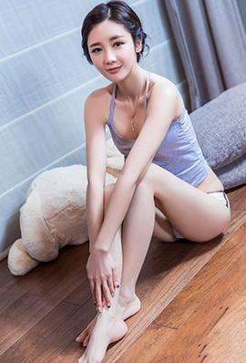 头条女神美女苏凉私房睡衣写真