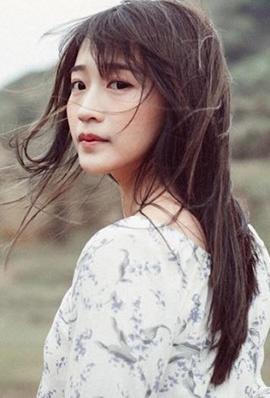 台湾美女陈语谦私房自拍照甜美迷人