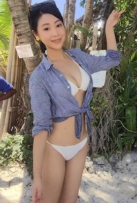 台湾美女林舒舒比基尼私房照