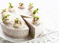 白色蛋糕图片 三层白色