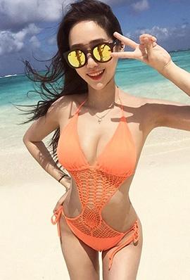 韩国美女模特Glamthes比基尼私房照