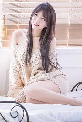 韩国美女李仁慧居家写真美腿迷人