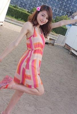 日本美女芥田爱菜美私房美照清纯可人