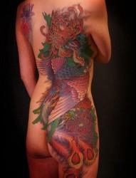 女性背部侧腰到臀部好看的彩色凤凰纹身图片