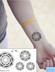 纹身520图库分享一幅图腾太阳纹身图片