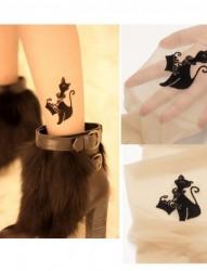 女性脚部小黑猫刺青