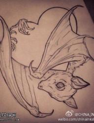 一款蝙蝠纹身手稿图案