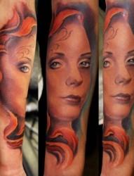 彩色美女肖像纹身