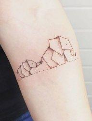 黑白灰风格几何元素纹身小动物纹身图案