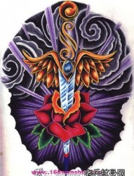 一张经典前卫的匕首纹身手稿