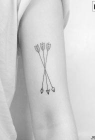 大臂小清新箭纹身图案