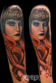 old schoo彩色女性与章鱼结合手臂纹身图案