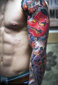 花臂亚洲风格的彩色花朵男子纹身图案