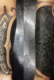 美丽的黑白线条梵花手臂纹身图案