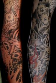 手臂亚洲风格龙和花朵纹身图案