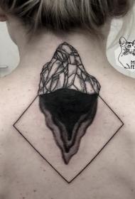 背部简单的黑白小岩石几何纹身图案