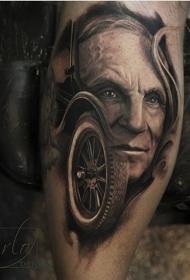 男子肖像和旧汽车车轮纹身图案