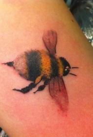 彩色的大黄蜂纹身图案