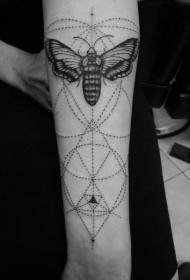 手臂点刺黑色几何与蝴蝶纹身图案