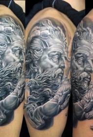 大臂华丽精致的黑白海神雕塑纹身图案