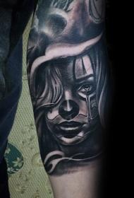 手臂墨西哥传统女生肖像纹身图案