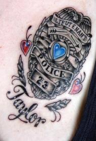 警察中尉勋章纹身图案