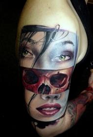有趣的结合女性肖像与骷髅彩绘纹身图案