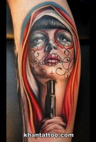 墨西哥传统彩色女子肖像带手枪纹身图案