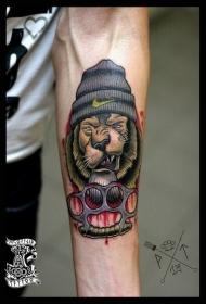 手臂插画风格彩色的狮子暴徒纹身图案