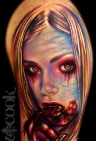 肩部令人毛骨悚然的血腥吸血鬼纹身