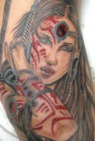 手臂彩色美女武士纹身图案