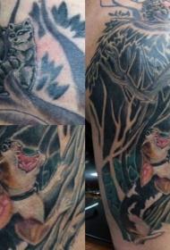 old school彩色黑森林和愤怒的狗纹身图案