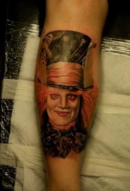 腿部彩色爱丽丝梦游仙境人物纹身