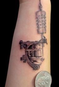 手臂黑灰色机械纹身图案