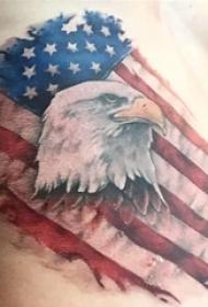 彩色老鹰纹身和美国国旗纹身腰部男性超威猛纹身图片
