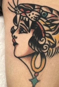 女生手臂上彩绘水彩素描创意唯美女生肖像纹身图片